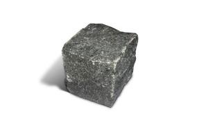 Брусчатка гранитная колотая ГАББРО 10х10х5